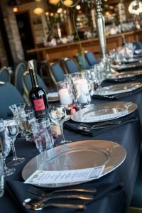 formal banquet tables
